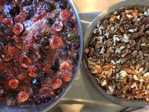 Préparation confiture figue-noix atelier des jardins gourmands